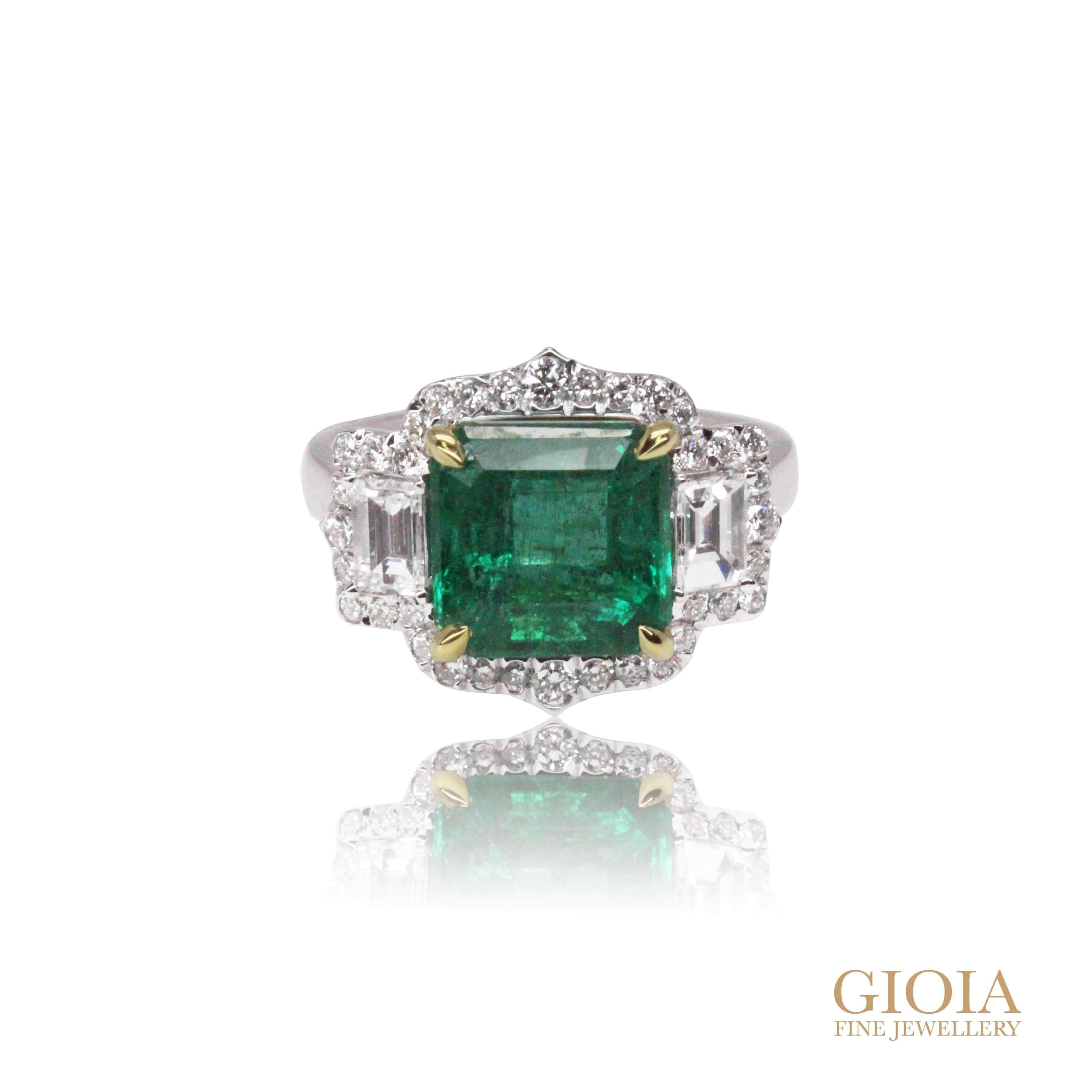 customised emerald gemstone ring | Bespoke custom made local Singapore Jeweller