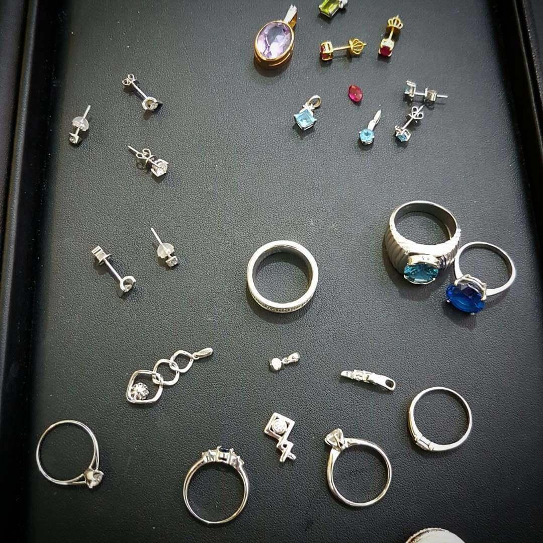 Coloured Gemstones & Diamond jewellery