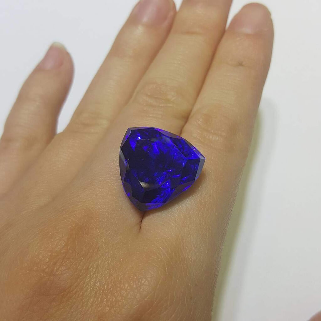 Tanzanite Gemstone Singapore customised jewellery