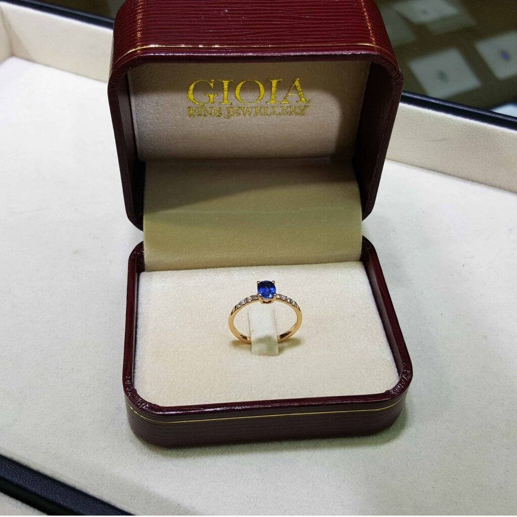 Blue Sapphire Wedding Proposal Ring - Custom made wedding engagement ring with coloured gemstone | Local Singapore customised Jewellery