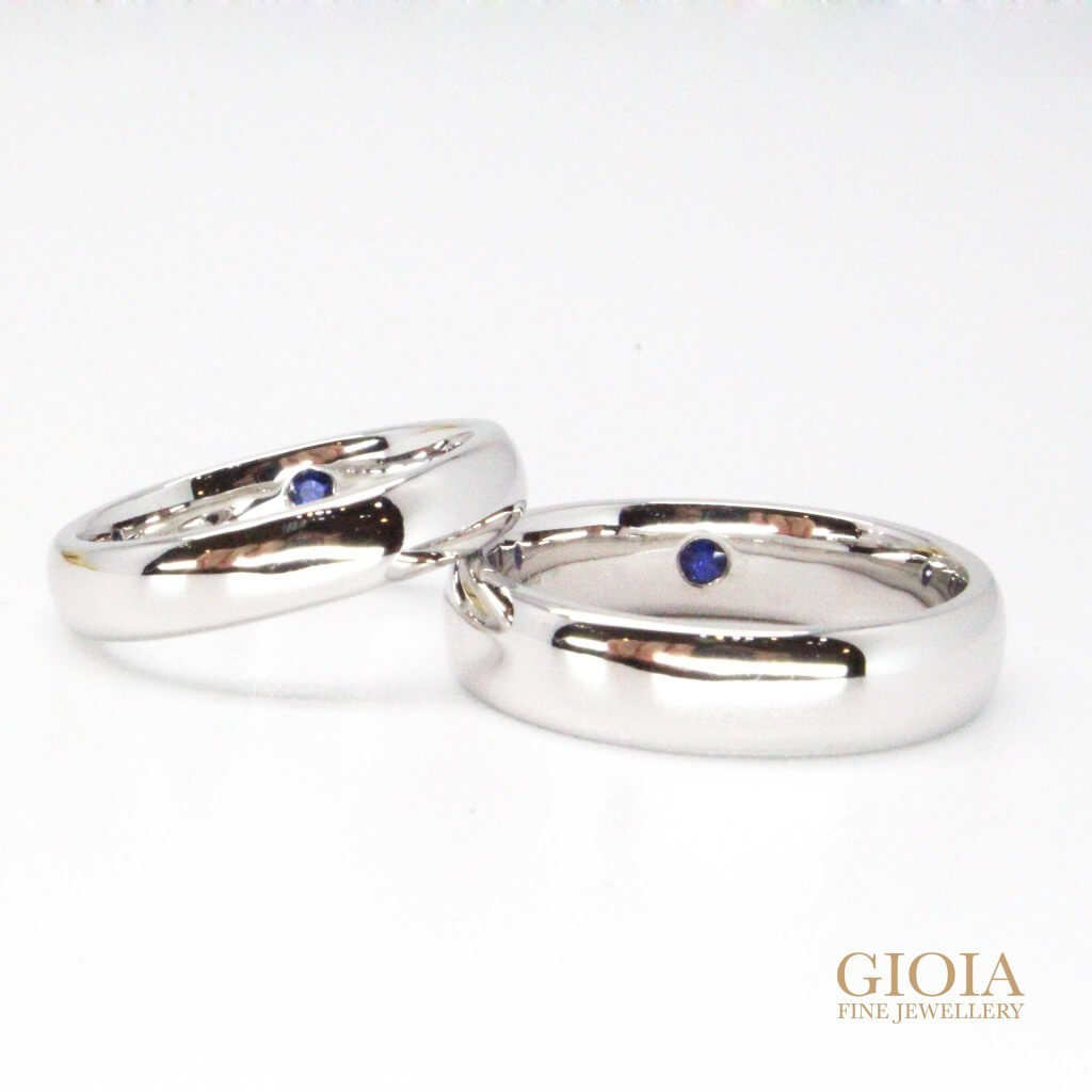 Platinum with blue sapphire gemstone Wedding bands - customized wedding bands | customized jeweler