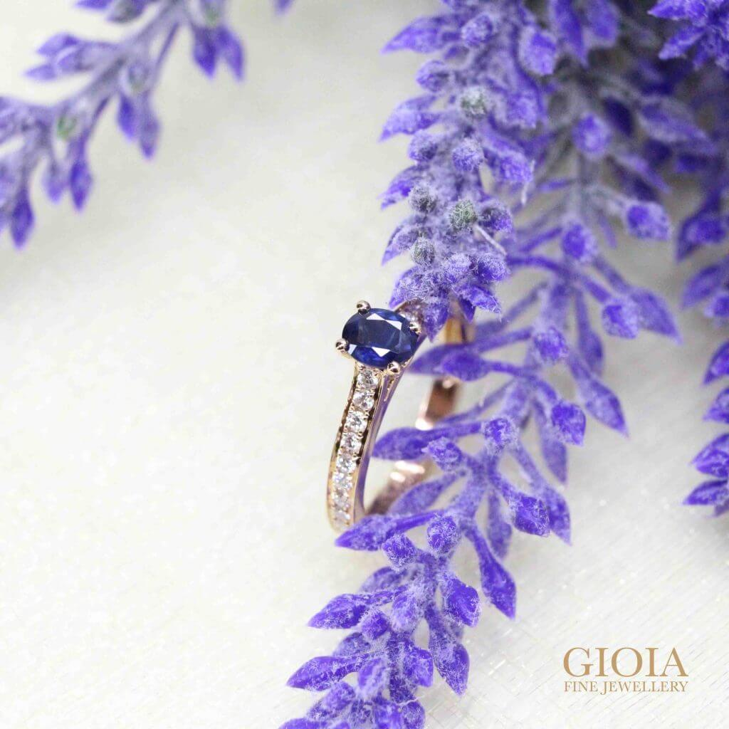 Blue sapphire engagement ring from heirloom jewellery - bespoke engagement ring for wedding proposal | Local Singapore Customised Jeweller