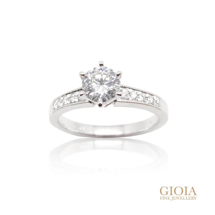 Solitaire Diamond Tapered Band