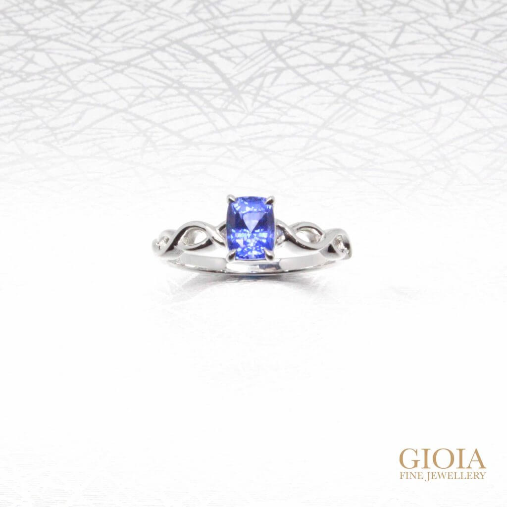 bespoke engagement-ring with blue sapphire gemstone
