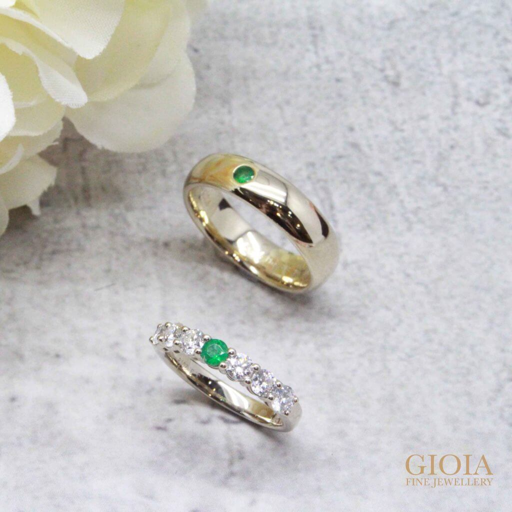 Wedding Bands customised with emerald gemstone - Unique wedding bands with own birthstone - 20th Wedding Anniversary | Local Singapore Trusted Customised Jeweler