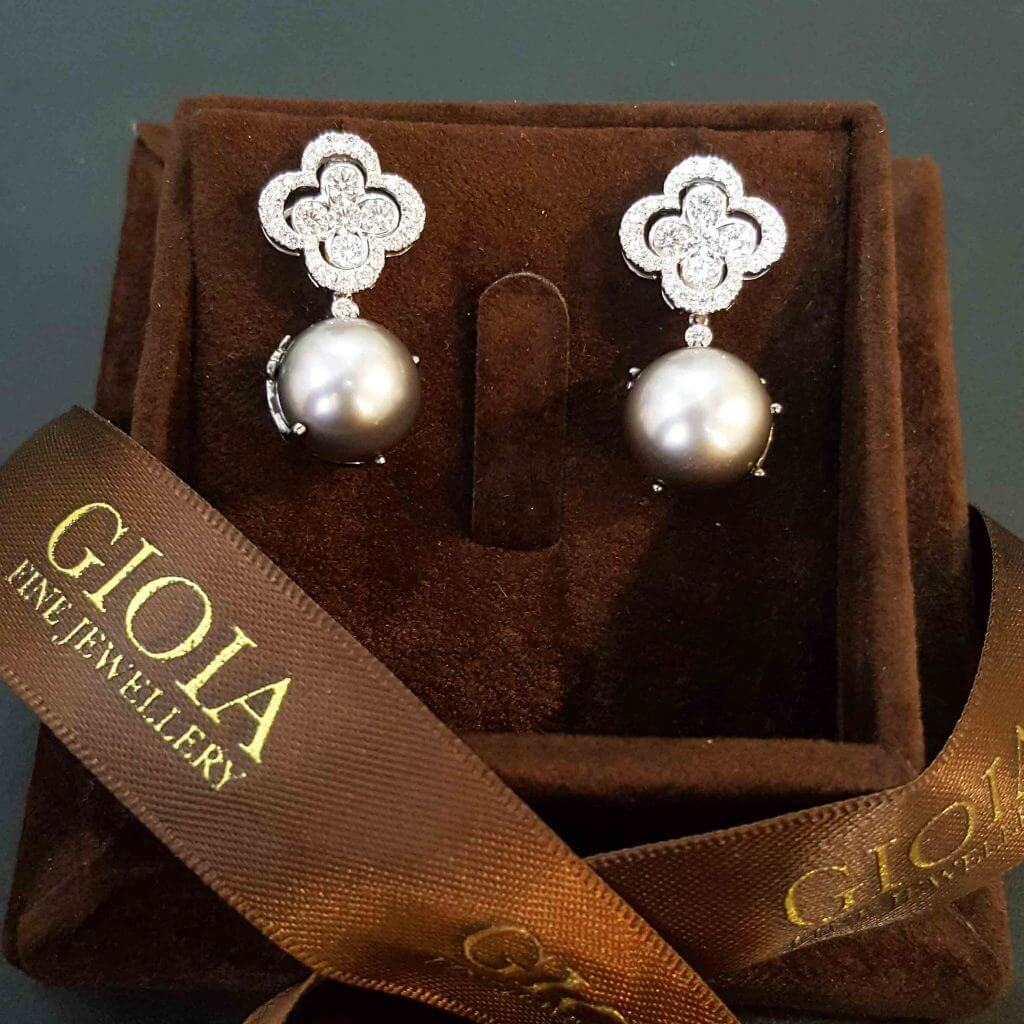 Unique Clove Leaf Diamond Pearl Dangle Earring - Diamond Coverleaf with pearl   Local Singapore Trusted Custom made earring Jeweller
