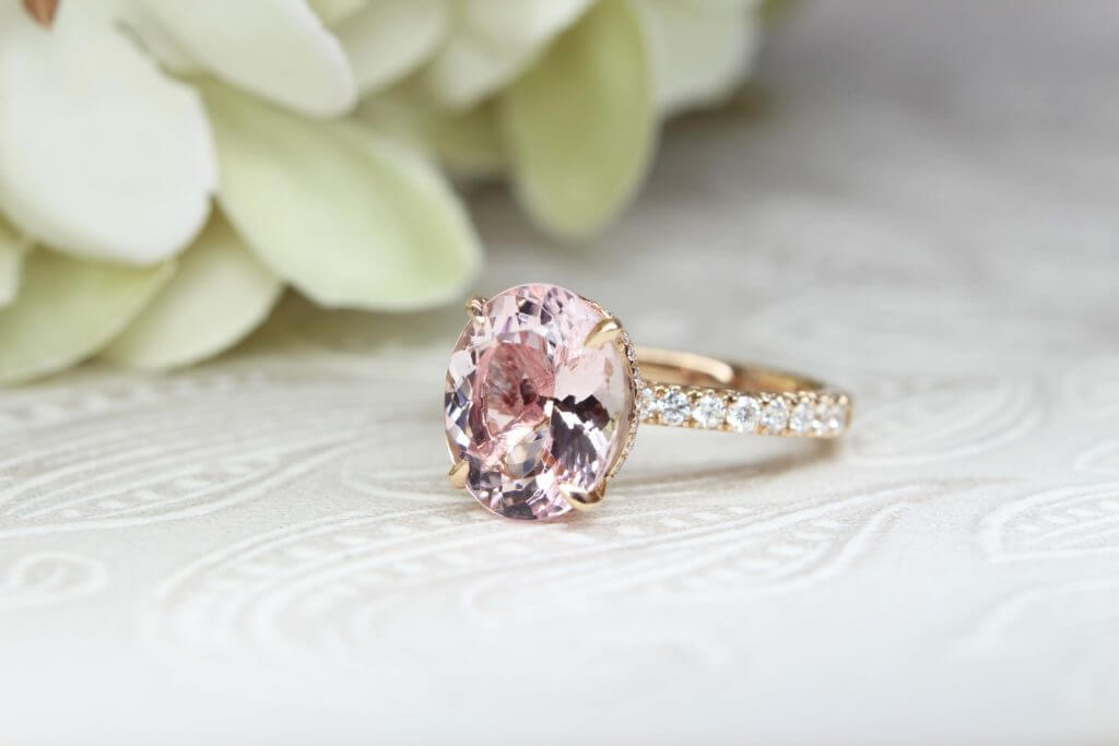 morganite gemstone, morganite, customised jewellery, wedding ring, halo diamond ring,