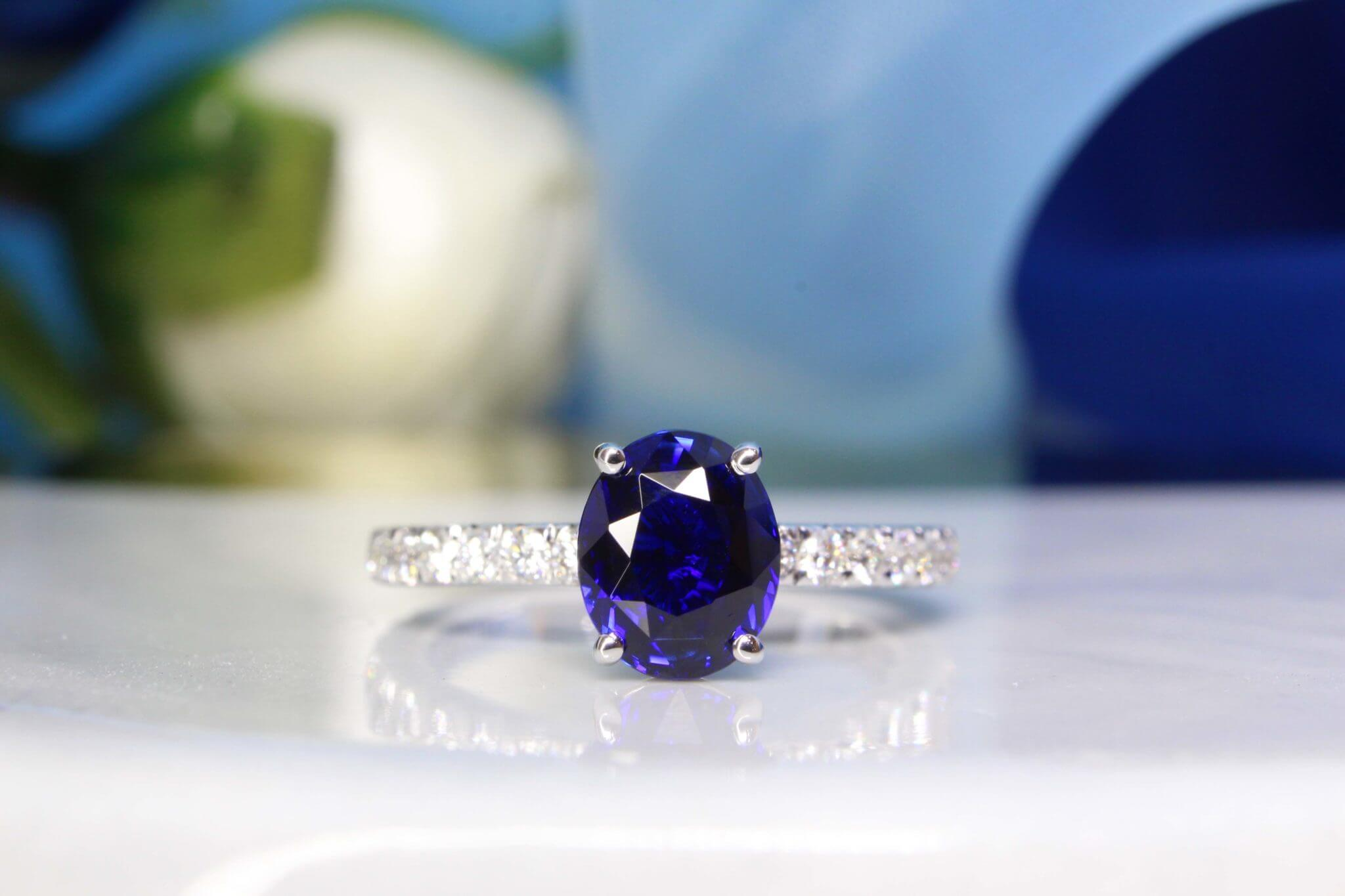 Vivid Royal Blue Sapphire Gemstone without heated treatment on the gemstone - Customised for the couple for an eternity love, perfect gemstone with a vivid colour, high clarity, and magnificent luminosity. Singapore Customised Jeweller in Engagement Ring and Wedding Jewellery with Sapphire Gemstone.