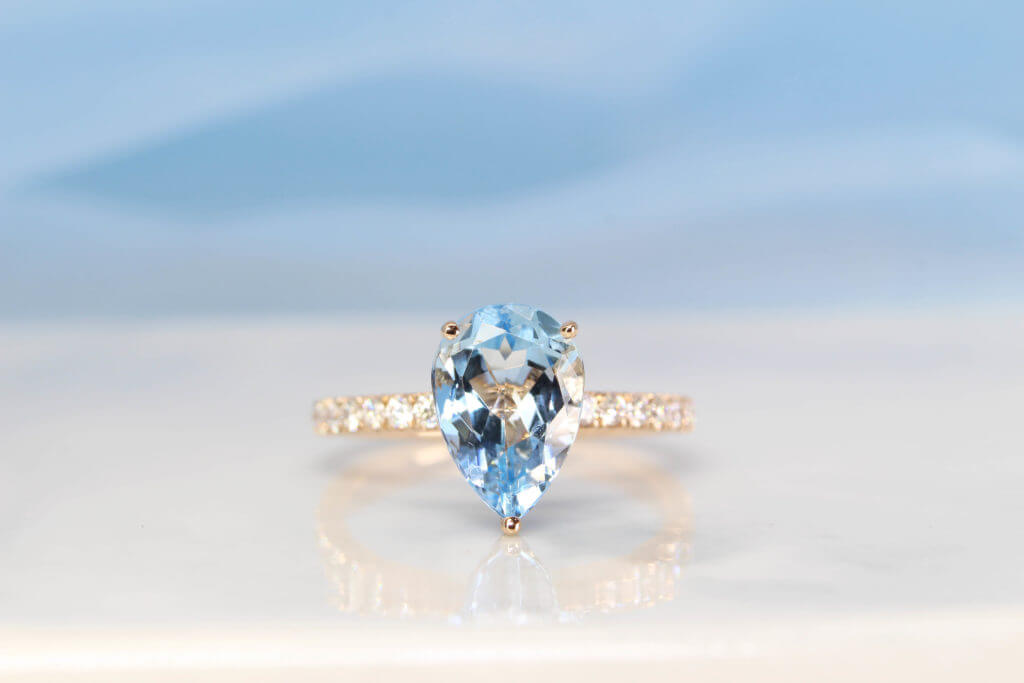 Aquamarine, Aquamarine gemstone, Pearl shape gemstone, customised jewellery, custom jewellery, beryl gemstone, local Jewellery, singapore jeweller,