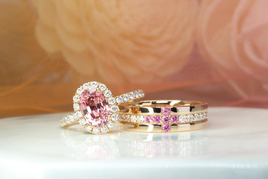 Gemstone Wedding Rings with spinel and diamond, customised from sketch design to handcrafted design. Customised your wedding bands with diamond and spinel gemstone   Local Singapore Jeweller in customised wedding jewellery, wedding ring and wedding bands
