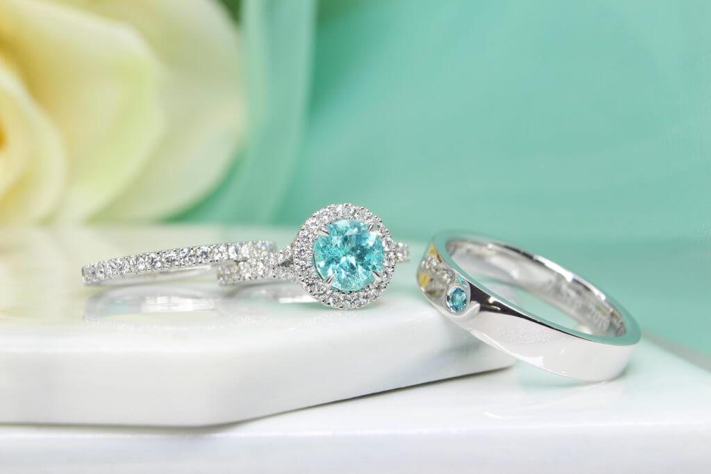 Customised Jewellery is not as complicated as you think, here is all Frequently asked Question (FAQ). Whether you are looking for a customised engagement ring, wedding bands or simply a one-of-a-kind customised jewellery, at GIOIA Fine Jewellery we look into every fine detail and we are here to answer to your all queries.