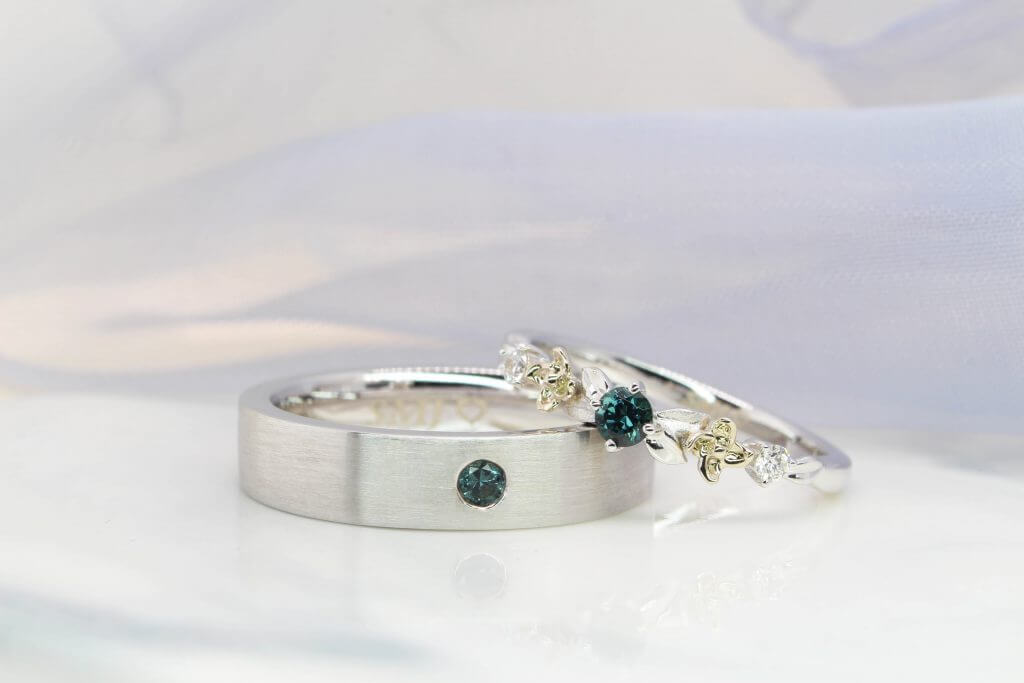 unique wedding bands customised to flora design