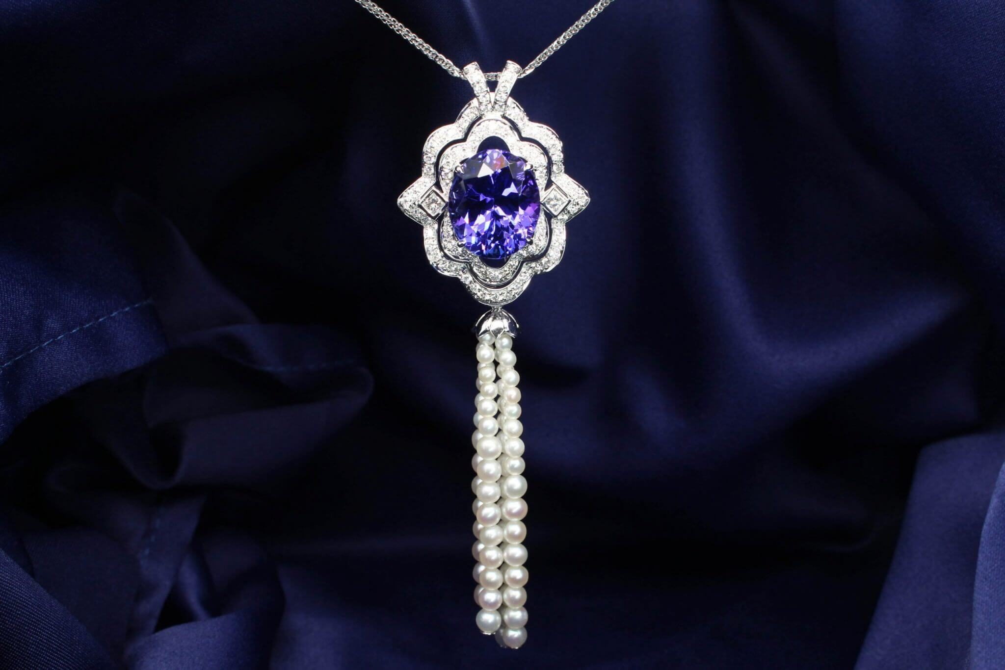 Art Deco Tanzanite Fine Jewellery Pendant with Pearl Tessel gemstone